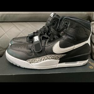 New Air Jordan Legacy 312 High Size 10.5 us